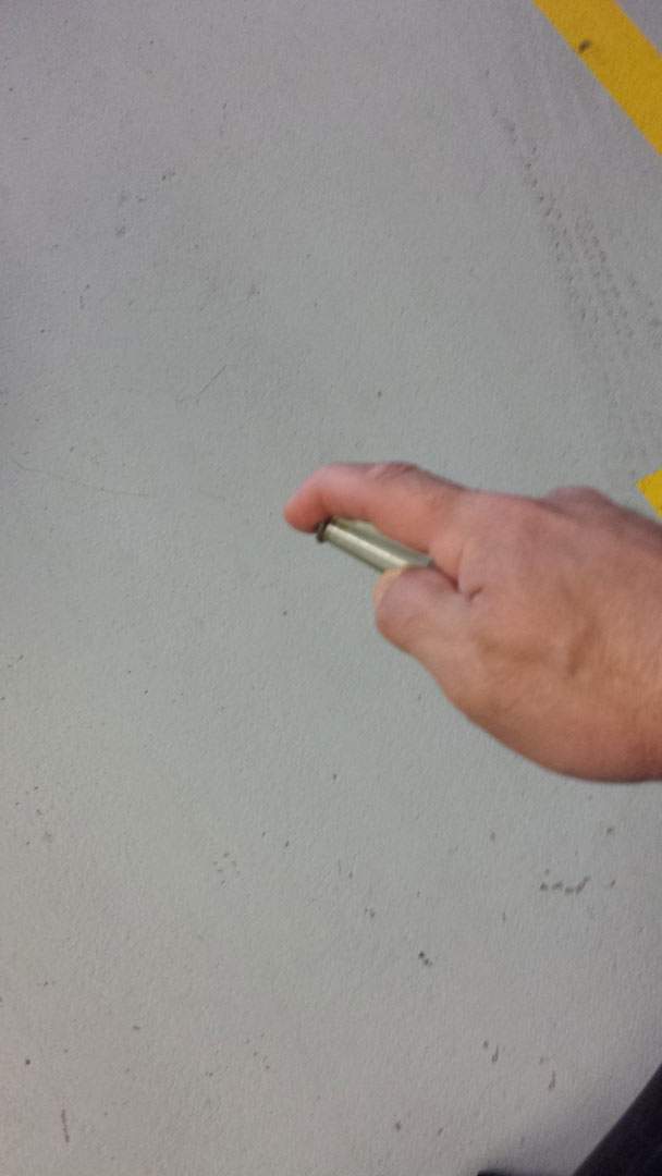 Using finger to adjust extinguisher stream