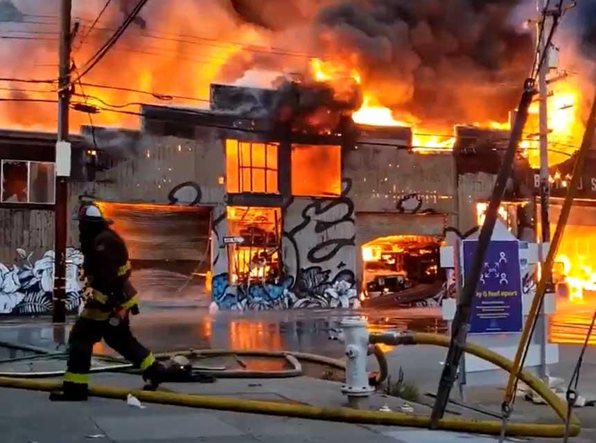 Huge fire raging in San Francisco