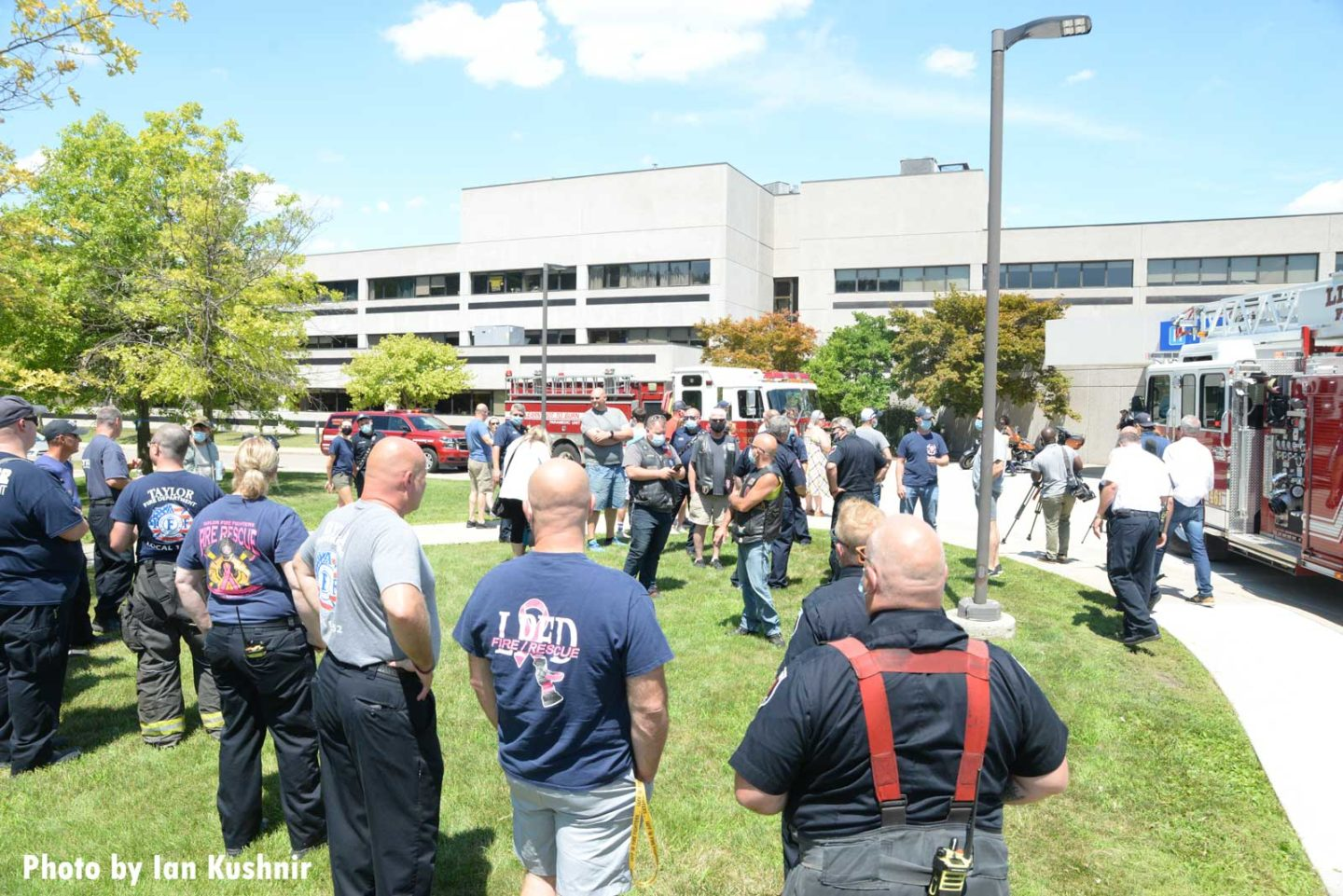 Injured firefighter leaving hospital greeted by supporters