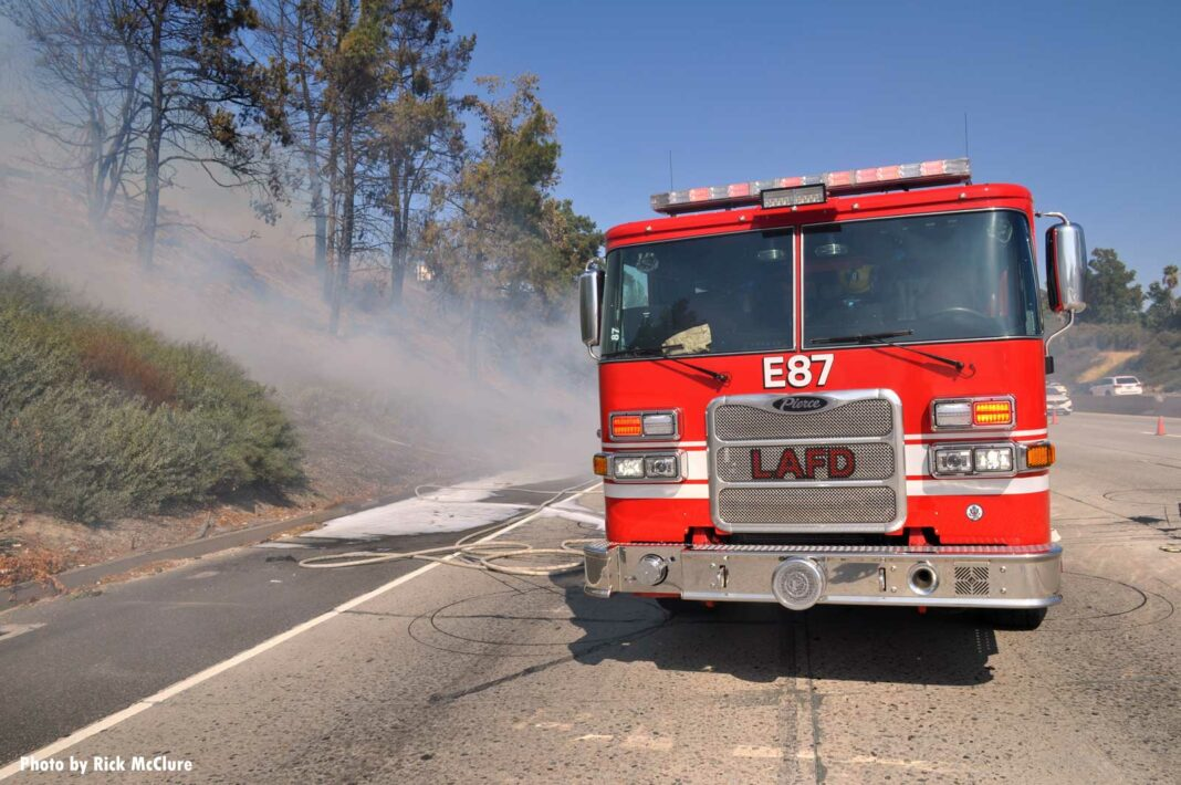 LAFD rig at brush fire