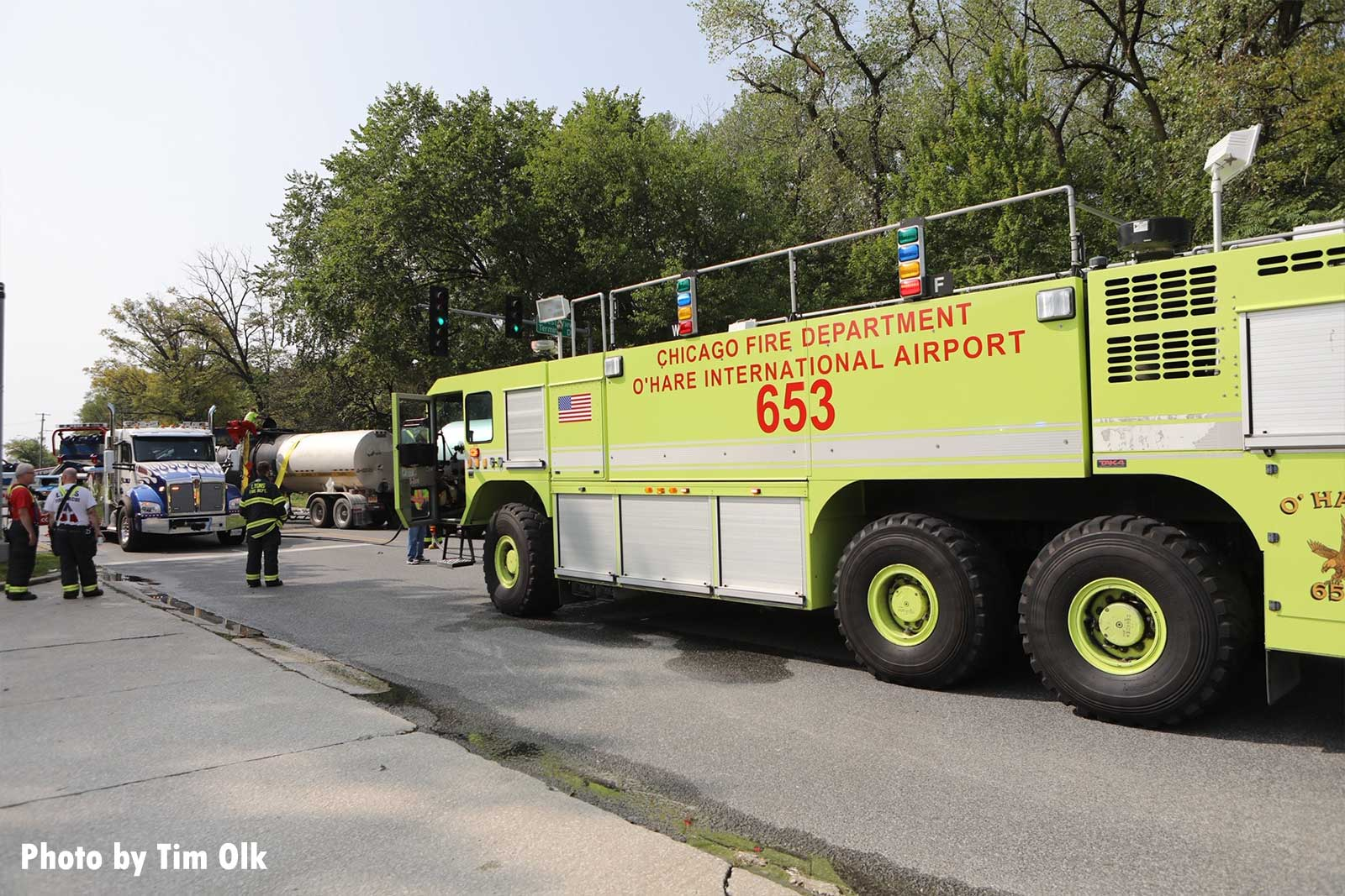Chicago ARFF truck on scene