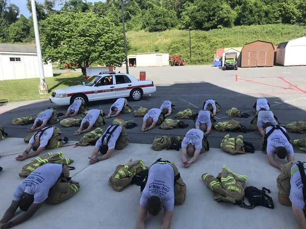 Postworkout recovery and mobility with Recruit Class 27.