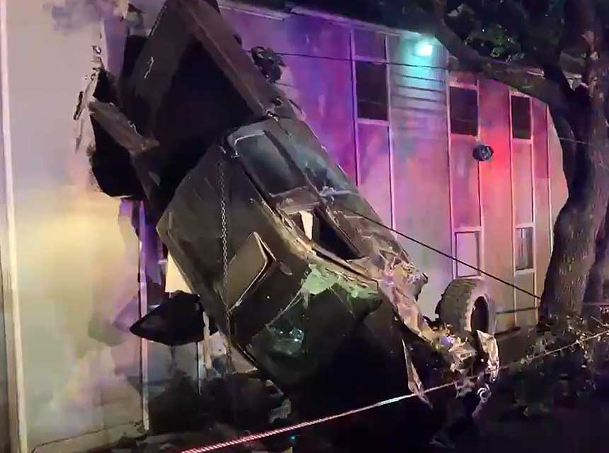 Austin truck crashed into building