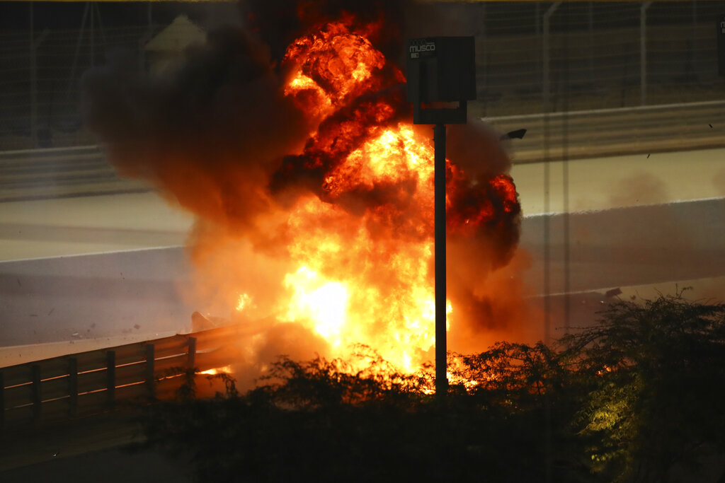 Fireball from F1 crash in Bahrain