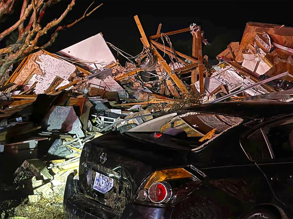 Fatal tornado in North Carolina
