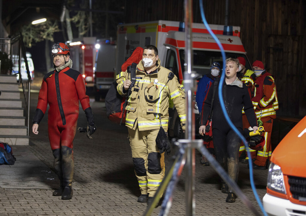 German firefighter and rescuers in cave-diving case