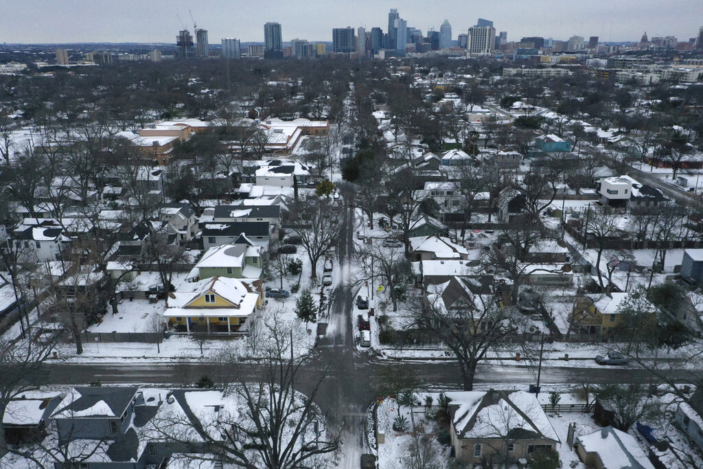 Snow and ice in East Austin